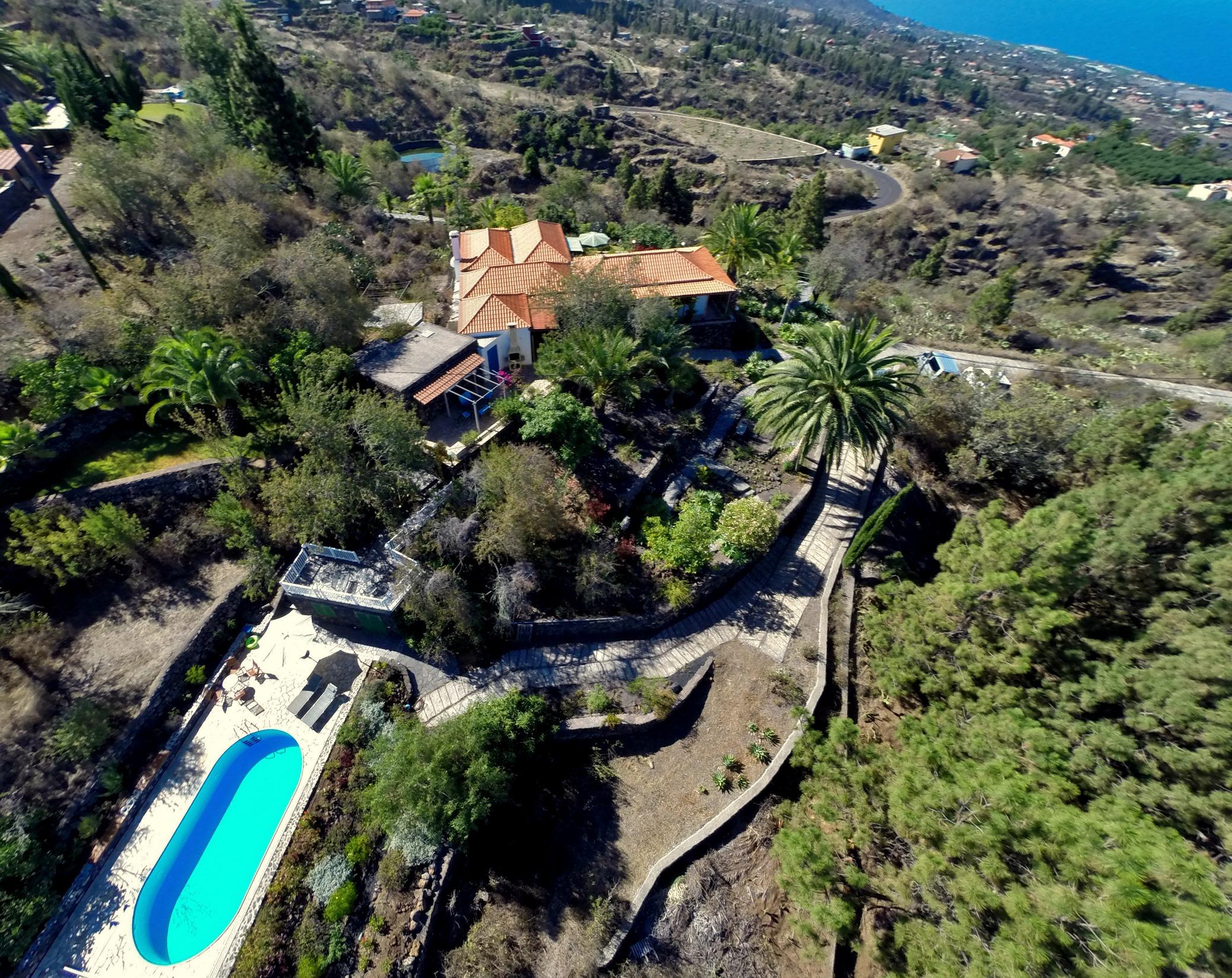 Villa Finca Tijarafe mit beheiztem Pool