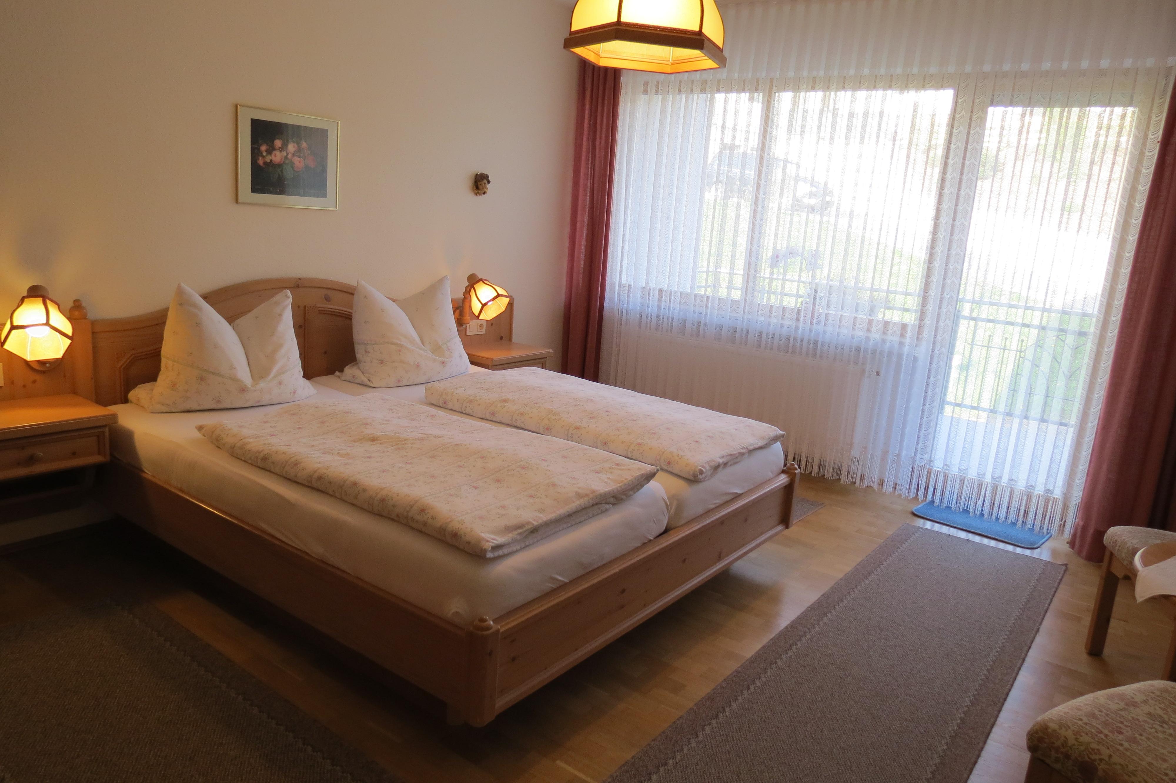 Fewo Lavendel Doppelzimmer mit Zugang Terrasse Süde/Ost